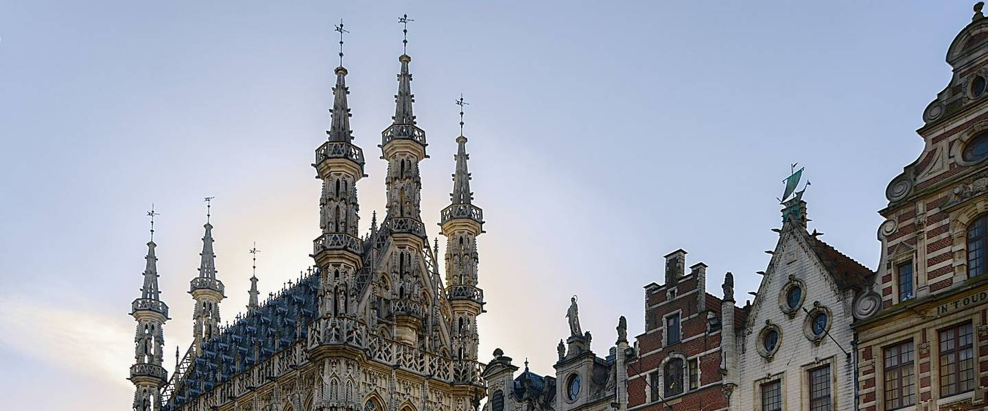 https://pixabay.com/de/leuven-rathaus-grand-place-646032/